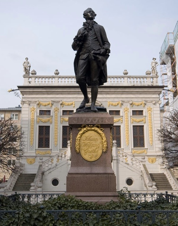 Statue of Goethe in Leipzig, showing his not-so-girthy figure.  (Photo credit: Sebastian Niedlich)